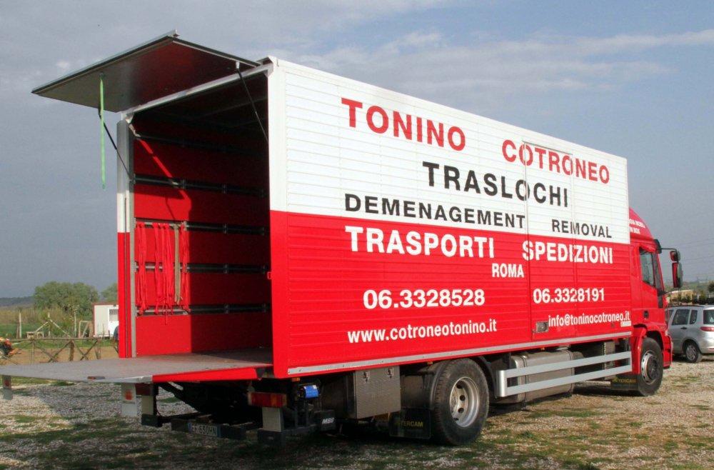 Traslochi - Tonino Cotroneo Roma